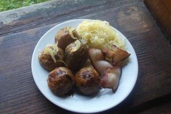 V  objektoch sa budú pripravovať na dobových peciach dobroty z kysuckej, poľskej a českej kuchyne.
