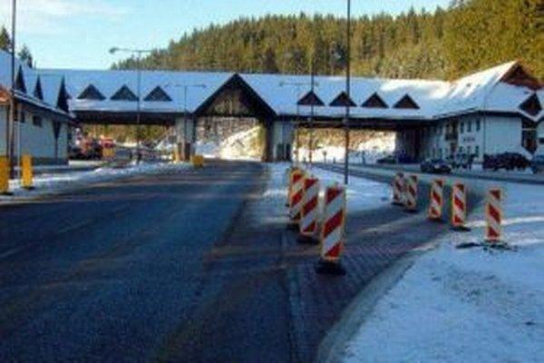 Obci Makov sa vlani konečne podarilo predať časť areálu bývalého hraničného priechodu.