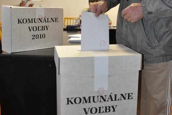V novembrových komunálnych voľbách sa v Želiezovciach počet poslancov a volebných obvodov nenavýši.