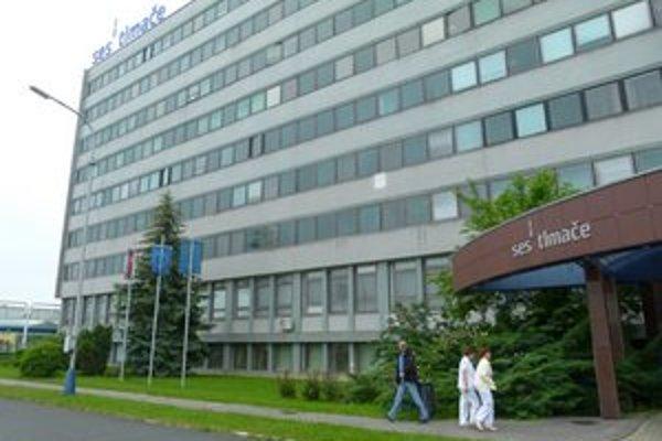 Od augusta má začať plynúť výpovedná doba 77 zamestnancom SES Tlmače.