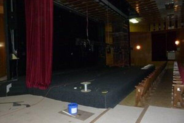 V zrekonštruovanej sále budúci týždeň uvedú prvé divadelné predstavenie.