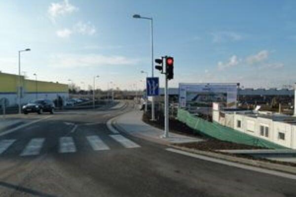 Prvé z realizovaných obchodných centier v Leviciach otvoria už v apríli v lokalite Turecký rad.