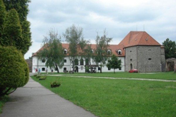 Tekovské múzeum.