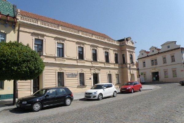 Tvorbu Antona Hanzalíka môžete vidieť v Záhorskom múzeu.