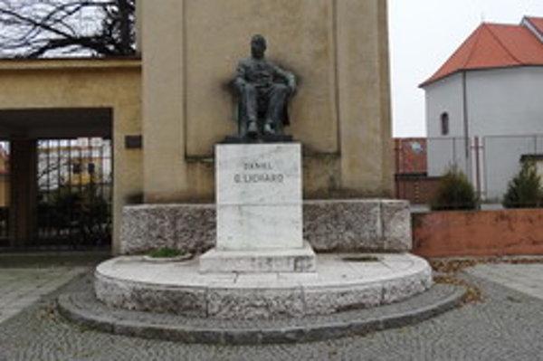 Daniel Gabriel Lichard sa narodil 17. januára 1812 v Slovenskej Ľupči rodičom Danielovi a Anne, rod. Meserschmidtovej.