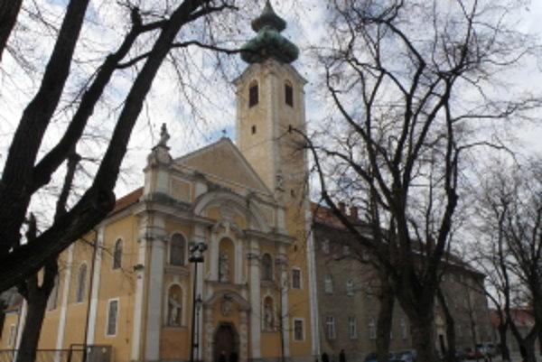 Kostol Milosrdných bratov v Skalici.