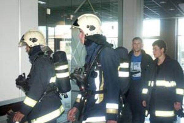Trenažér používajú hasiči v mnohých krajinách.
