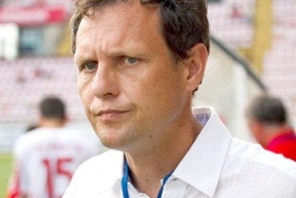 Najlepším trénerom uplynulej sezóny Corgoň ligy je Stanislav Griga. A k prvenstvu medzi brankármi, obrancami a mladými hráčmi priviedol aj svojich zverencov.