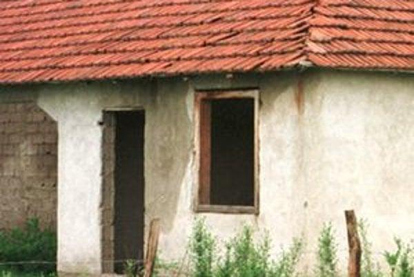 Starostovia môžu majiteľov chátrajúcich domov len upozorniť alebo im dať pokutu.