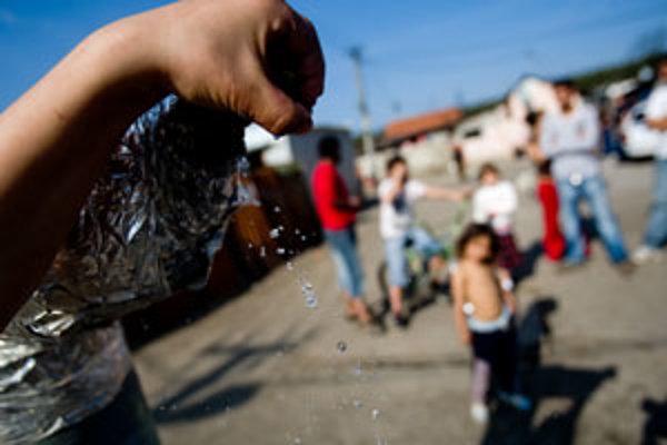 Voda v rómskej osade je už len šesť hodín denne.