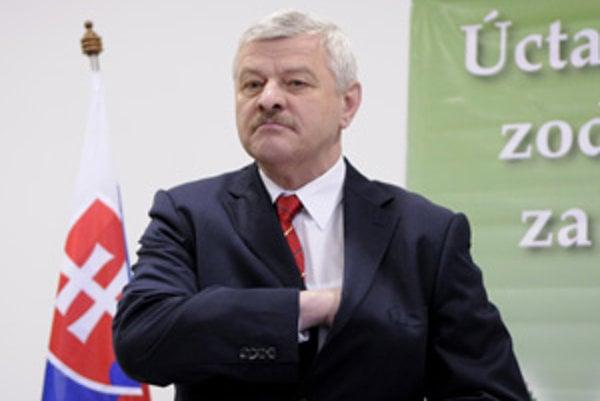 Tibor Mikuš.