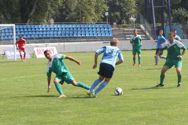 FC Nitra jun. - Dvory 2:3.