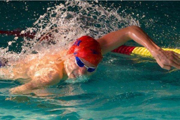 Adam Pilek v disciplíne 200 m PP s bodovým reprezentačným limitom na nasledujúci rok.