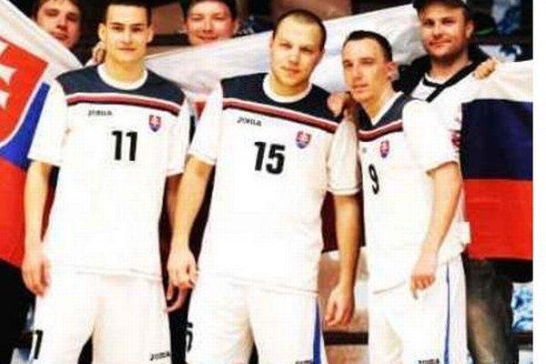 Od novej posily reprezentanta Petra Serbina (č.15) očakávajú Novozámčania predovšetkým góly.