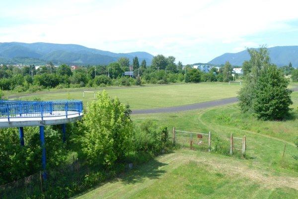 Pri Spojenej škole vMartine má vyrásť nový atletický areál.