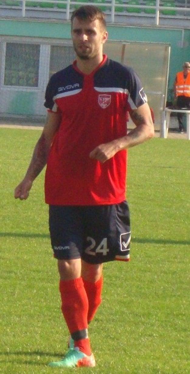 Vargic si vylepšil gólový účet a tiež zbieral karty.