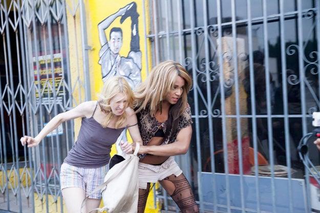 Beda ženám na newyorských uliciach.