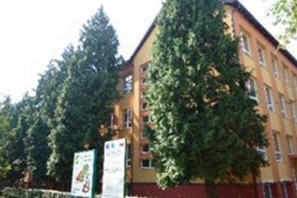 Základná škola v Hurbanove.