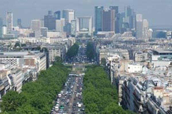 La Défense z Víťazného oblúka.