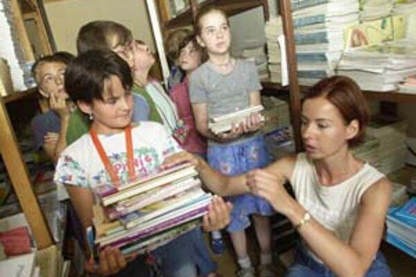 Školská reforma potrebuje aj nové učebnice. Tých zatiaľ niet.