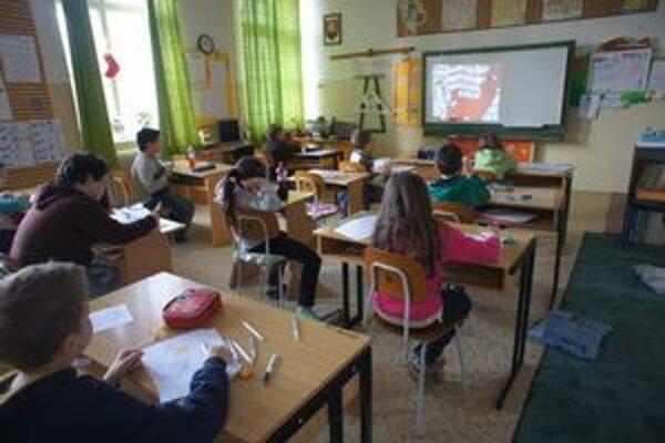 Vyučovanie v škole na Pohraničnej.