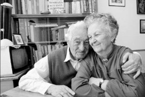 Manželia Hlaváčovci sú spolu už 60 rokov a stále sa majú radi.