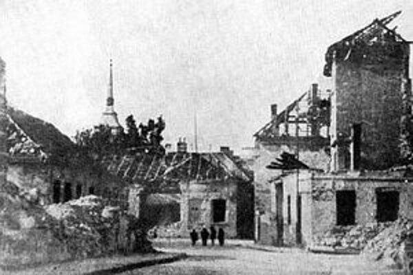 Bombardovanie Nových Zámkov.