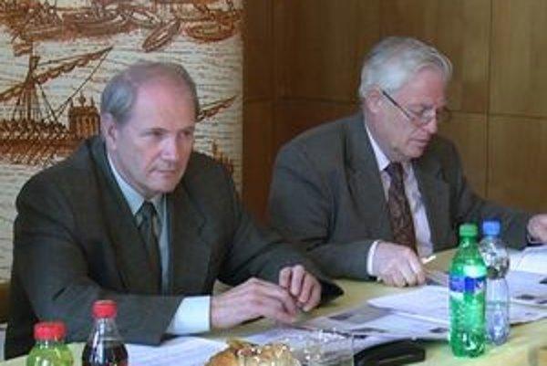 Vedenie mesta ozrejmilo nevyjasnené otázky v rámci tlačovej konferencie.