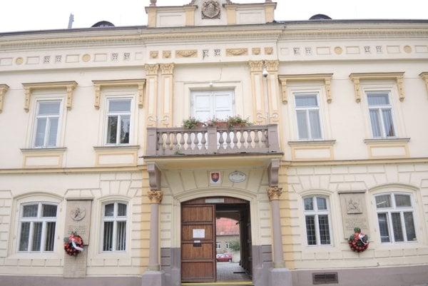 Bánovská radnica.
