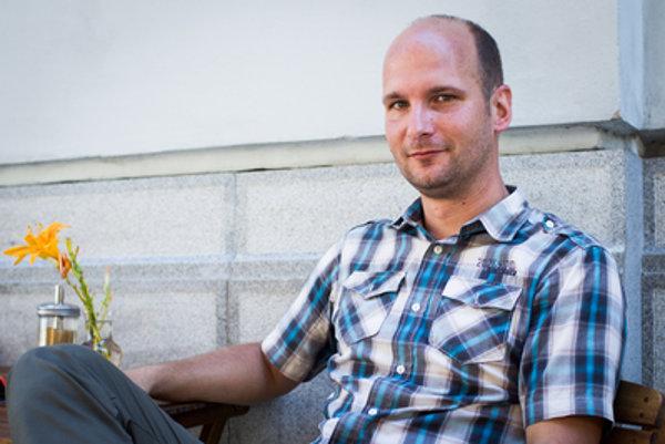 Poslanec Gábor Grendel z hnutia Nova hovorí, že zo spolupráce z OĽaNO má dobrý pocit.