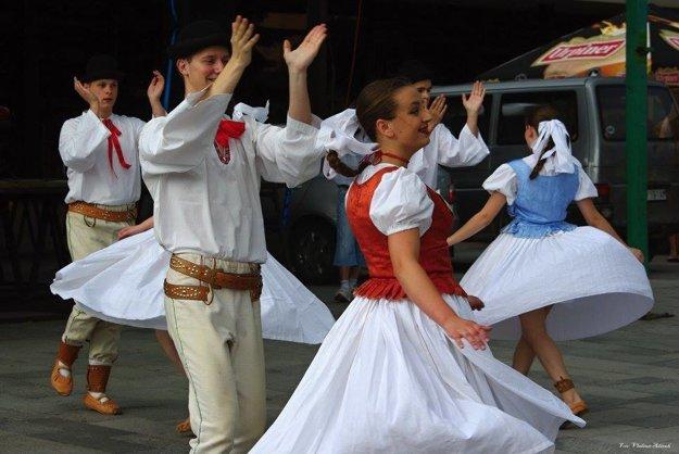 O kultúrny program sa postaral aj FS Kysučan.