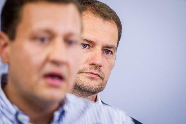 Opoziční poslanci Daniel Lipšic (nezaradený) a Igor Matovič (OĽaNO).
