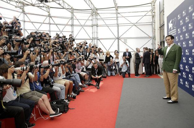 Johnny Depp na filmovom festivale v Benátkach