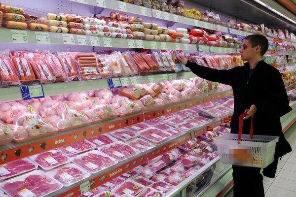 Nové značenie sa týka mäsa z ošípaných, oviec, kôz aj hydiny.