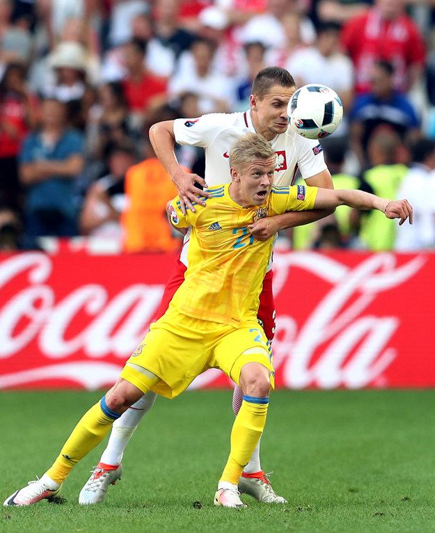 Zinčenko (v žltom) reprezentoval Ukrajinu aj na prebiehajúcom európskom šampionáte vo Francúzsku.