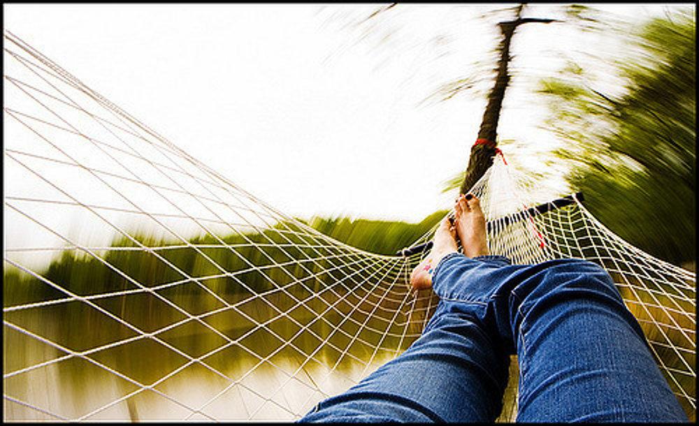 Relax v hojdacej sieti patrí ku stanovačke.