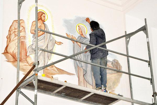 Reštaurovanie nástenných malieb.