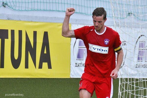 Skóre otváral kapitán Marek Kuzma.