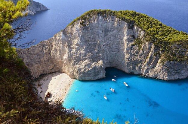 Grécke ostrovy majú svetoznáme pláže a pobrežie.