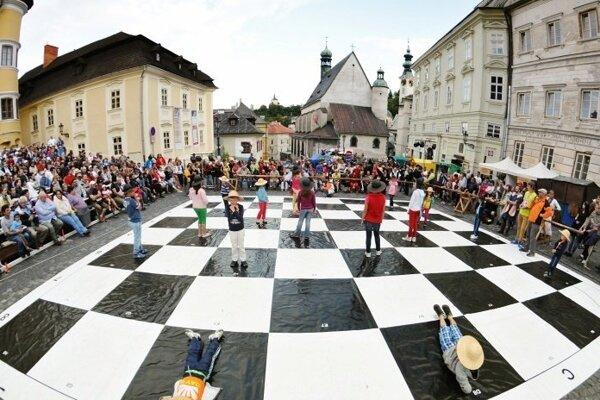 Štiavnický živý šach sa uskutoční v centre mesta už túto sobotu.