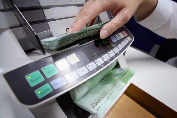 Problémy s platbami do Grécka zatiaľ bankám nikto nehlásil.