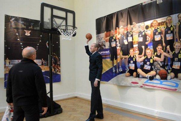 Podkošový svet vo Východoslovenskom múzeu. Sprístupnená bude aj výstava o ženskom basketbale.