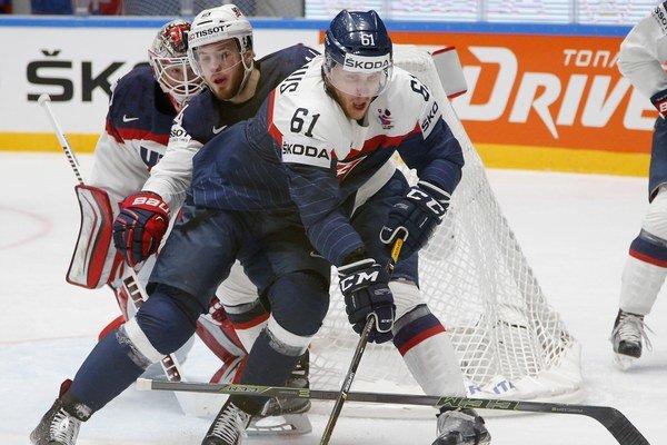 Marek Bartánus vzápase proti USA. Vsiedmich dueloch na turnaji získal jediný bod.