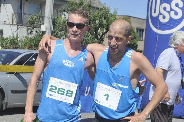 Dvaja najlepší. Vľavo Jozef Urban, vpravo Tibor Sahajda.