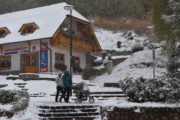 Sever Slovenska zasypal sneh.