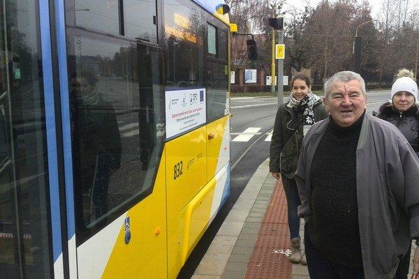 Spokojní Košičania. Aj dôchodca Tono a študentka Andrea Vargová sa dočkali.
