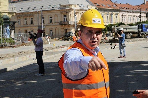 Miroslav Remeta. Majiteľ firmy Dúha, ktorá v Košiciach rekonštruuje električkovú trať Námestie Maratóna mieru – Staničné námestie.