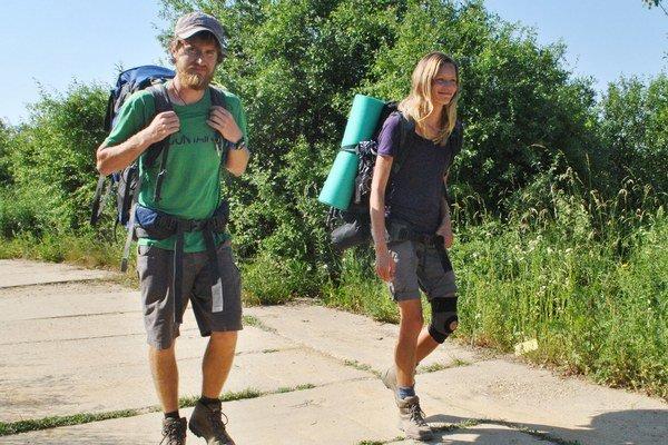 Janka a Lukáš na Ceste hrdinov. V Nepále im miestni pomáhali, chcú to vrátiť.