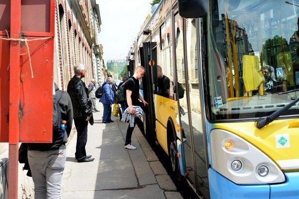 Platiť majú menej. Pre cestujúcich chystá mesto úľavy za problémy, spojené s rekonštrukciou električkových tratí.