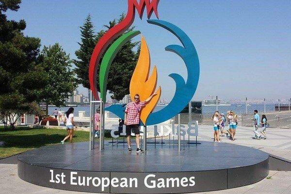 Jozef Urban. V Baku si aspoň zapózoval pred logom Európskych hier.